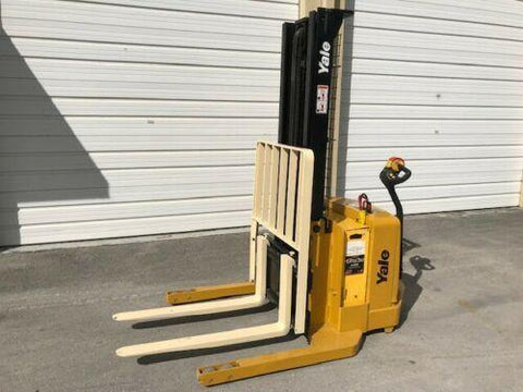 2006 YALE MSW040SFN24TV087 4000 LB ELECTRIC FORKLIFT WALKIE STACKER CUSHION 87/130 2 STAGE MAST 3000 HOURS STOCK # BF936189-FL - United Lift Used & New Forklift Telehandler Scissor Lift Boomlift