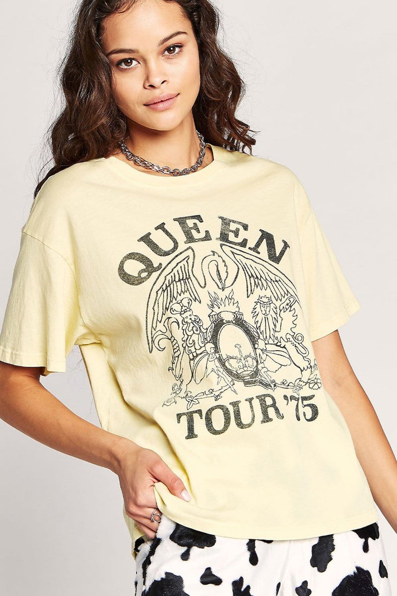 Daydreamer Queen Tour '75 Boyfriend Tee | Wild Dove Boutique