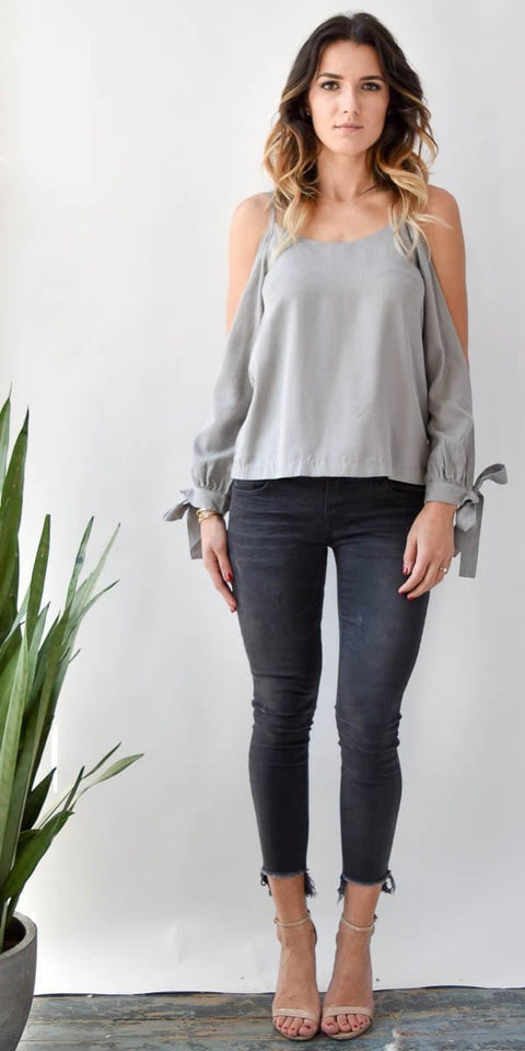 Endless Rose Open Arms Blouse