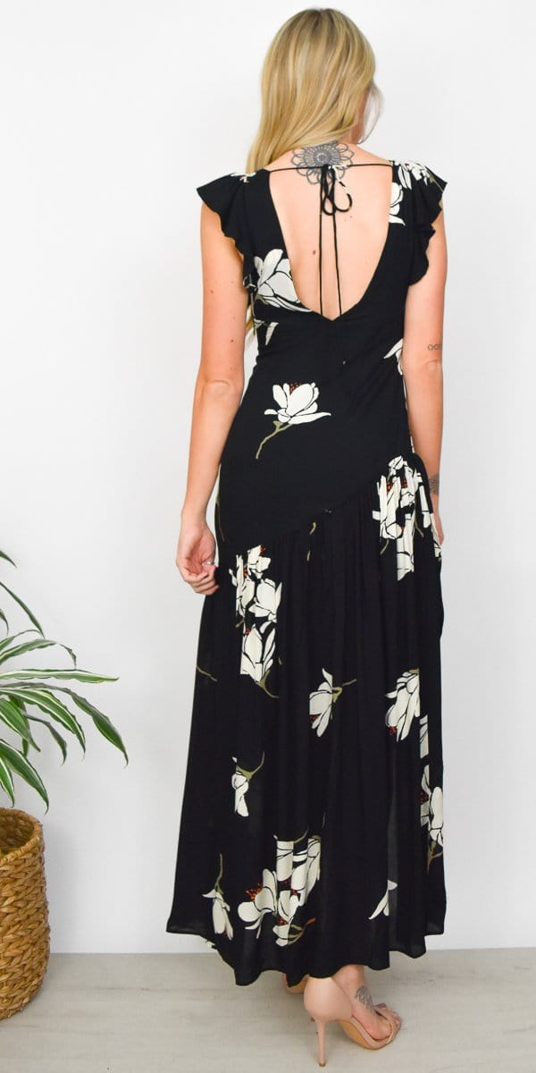 She's a Waterfall Maxi Dress in Black Combo