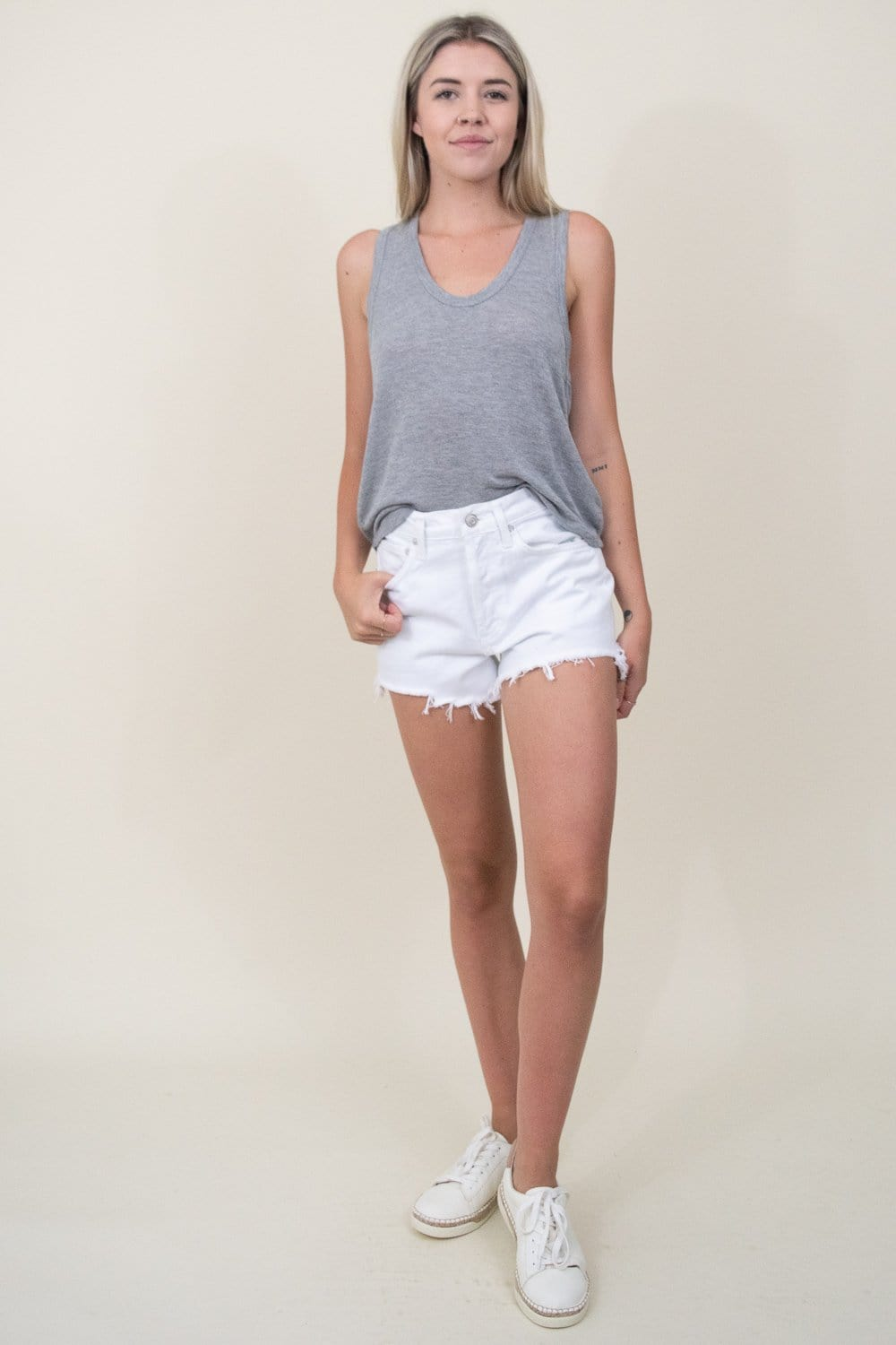 AGOLDE Parker Vintage Cut Off Short in Gleam White