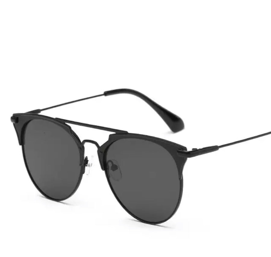 'Ariana' Black Sunglasses