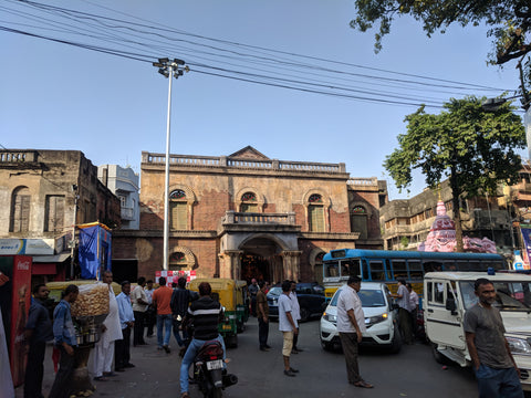 Old Bengal house pandal from street