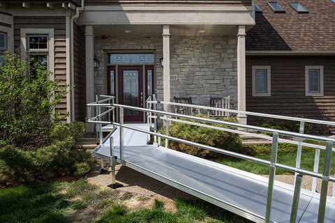 EZ-ACCESS Pathway Aluminum Custom Modular Ramp