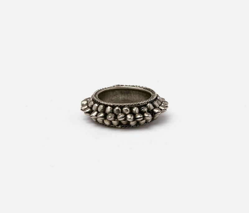 Indra Napkin Ring - Antiqued Silver