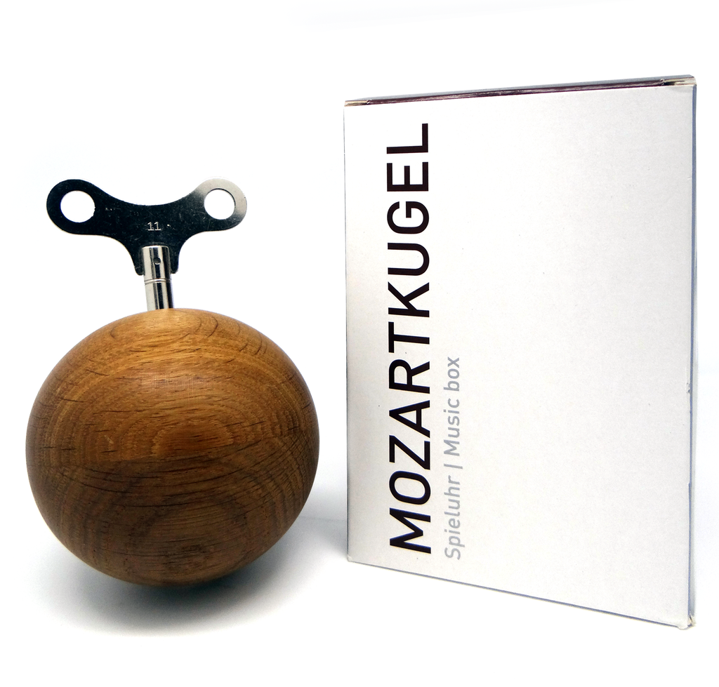 Mozartkugel Chime Ball Oak