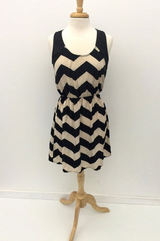 Millibon Black & White Chevron Stripe Dress
