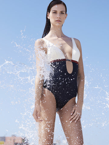 IVI ONE-PIECE