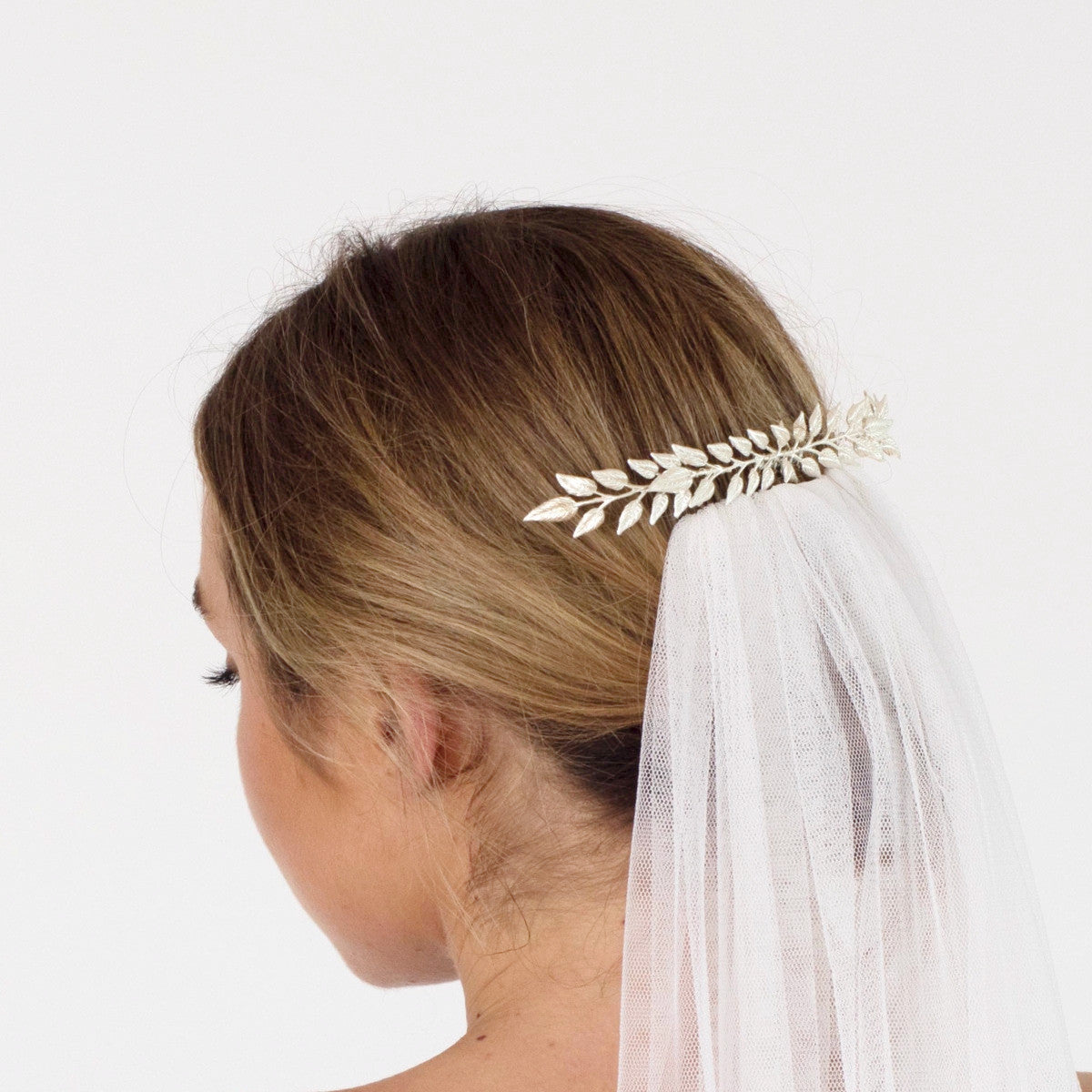 Delicate Bridal Hair Comb in Silver (longer length) - Elle + Adhira
