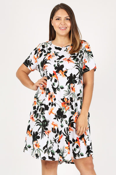 Plus Size Floral Dress w/Pockets