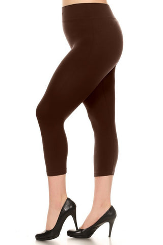 Brown Plus Size Solid Capri Leggings