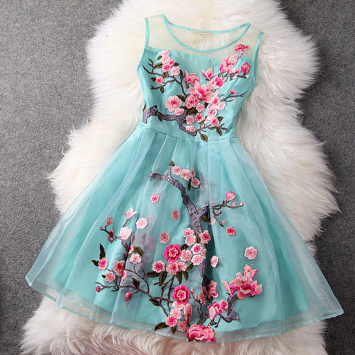 Charming Flower Embroidery Short Skater Dress - MeetYoursFashion - 2