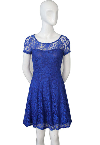 Fashion A-line Hollow Out Lace Knee-length Dress - MeetYoursFashion - 5