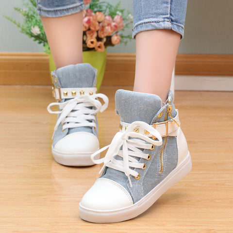 Fashion Skull Decorate Flat High Cut Women's Canvas Rivet Sneaker - MeetYoursFashion - 3
