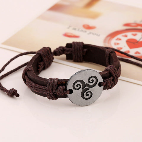 Carving Flower Woven Leather Bracelet