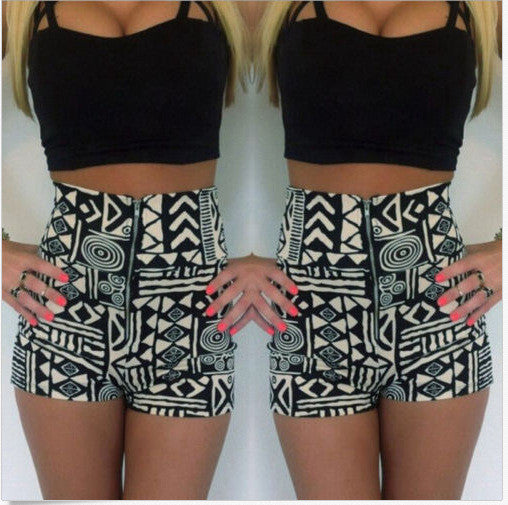 Strap Crop Top Flower Print Shorts Two Pieces Set