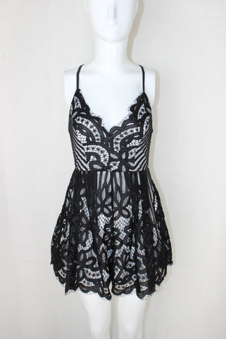 Sexy Spaghetti Strap Backless Short Lace Jumpsuit