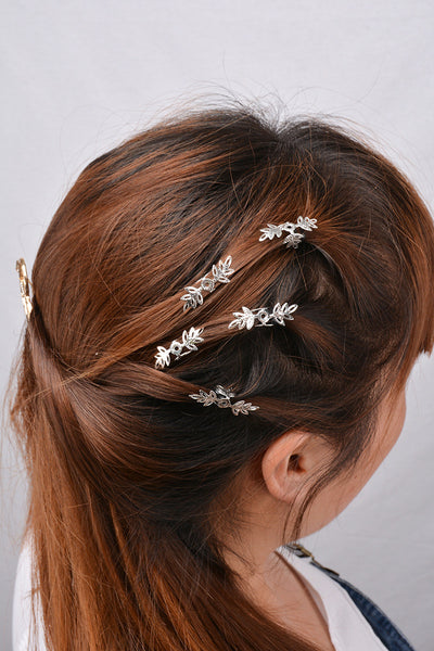 Beautiful Snowflake Lady's Hair Clips
