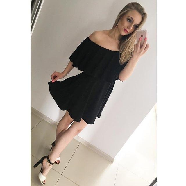 Off Shoulder Pure Color Short Sleeves Sexy Short Dress - Meet Yours Fashion - 3