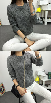 Dropped Shoulder Scoop 3/4 Sleeves Solid Pullover Sweater - Meet Yours Fashion - 5