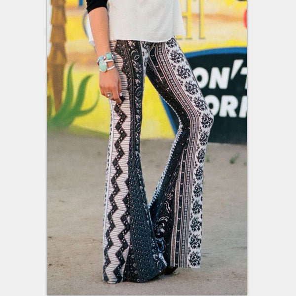 White And Black Diamond Flower Print Bell-bottom Pants