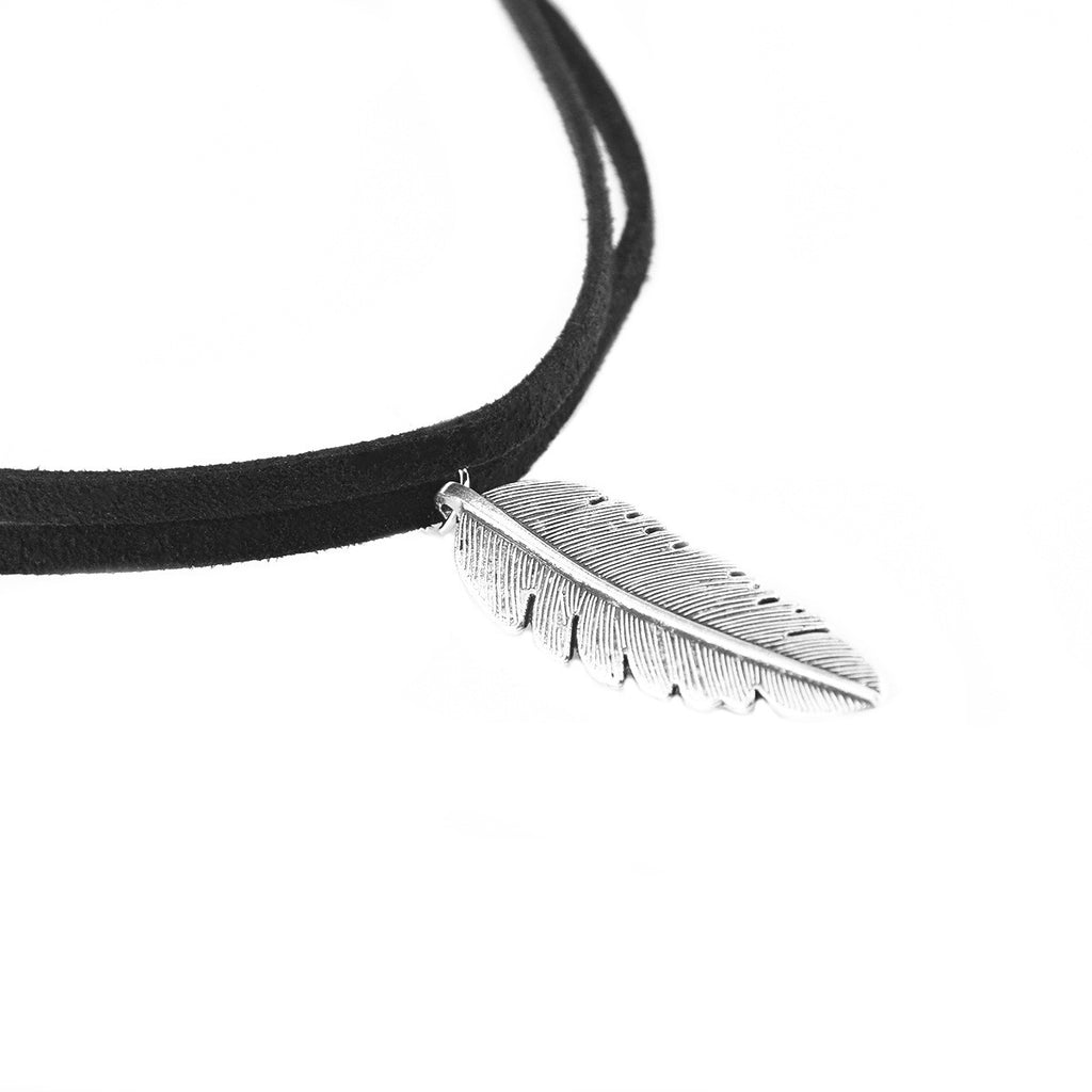 Cool Metal Feather Tassels Short Necklace