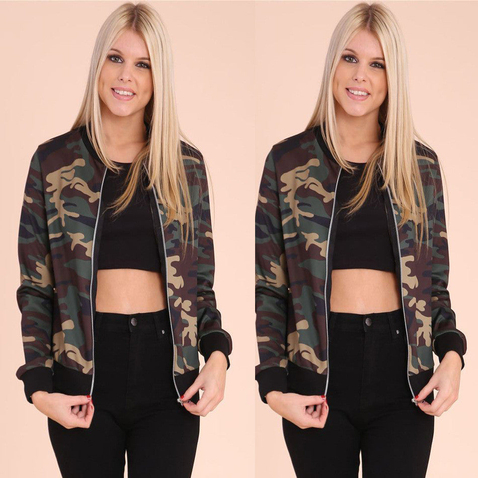 Camouflage Zippered Scoop Short Coat