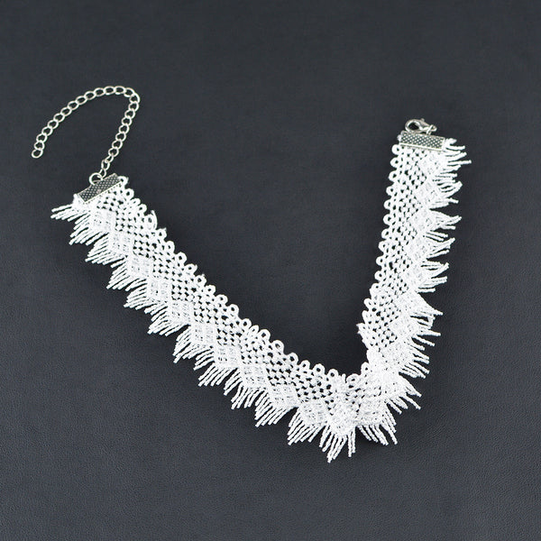 Contracted Hollow Out Lace Necklace