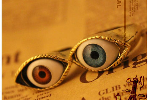 Retro exaggerated blue eye ring