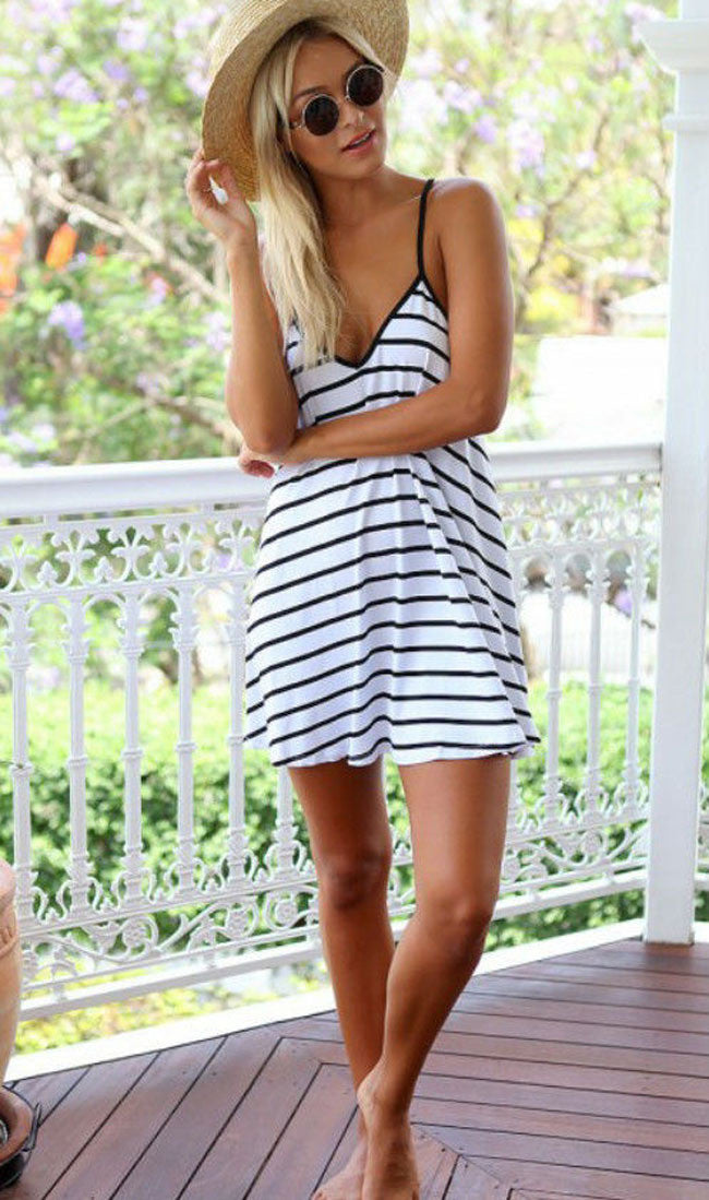 V-neck Backless Spaghetti Strap Loose Sexy Short Dress - Meet Yours Fashion - 1