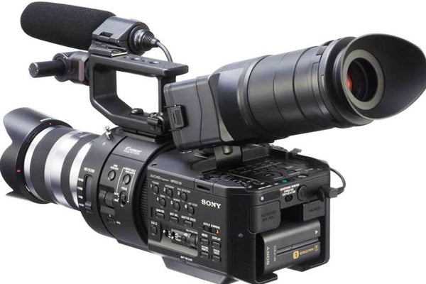 Sony Handycam NEX-FS700 Black (PAL & NTSC) Video Camera and Camcorders