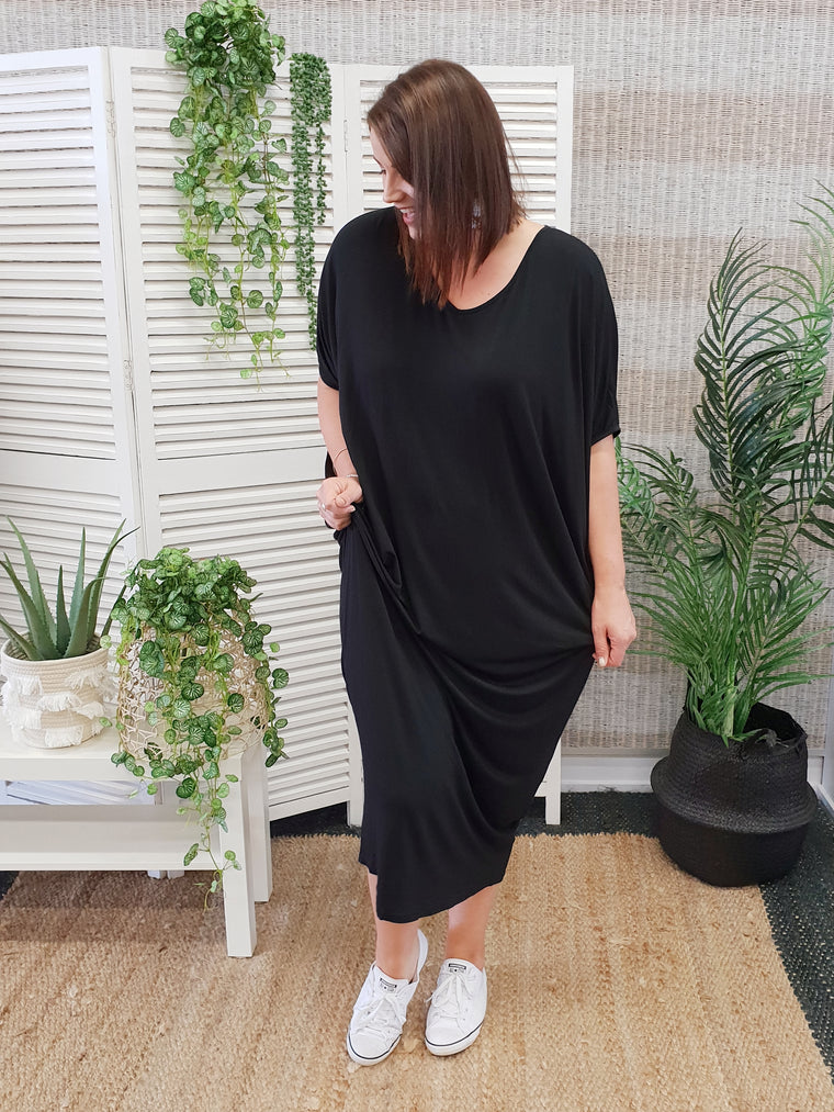 PQ Collection Miracle Maxi Dress - Black | Isla-Maree Plus Size Clothing NZ
