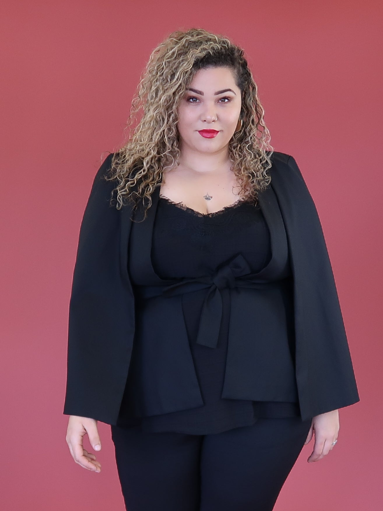 Killer Queen Cape - Black