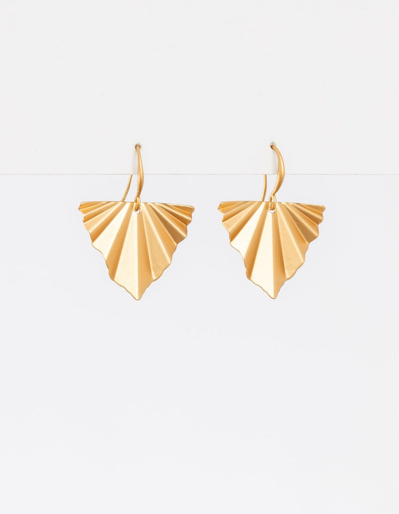 Stella + Gemma Pleat Earrings- Matte Gold - Isla-Maree | Plus Size Clothing NZ