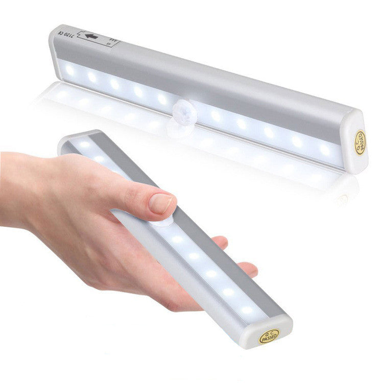 Closet Light, Built-in Battery Rechargeable Cordless Motion Sensor ...