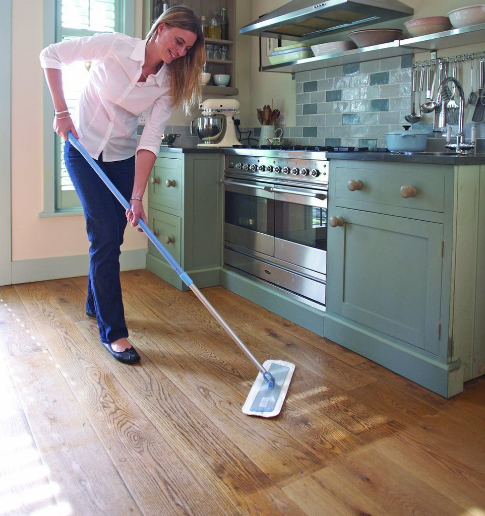 E-cloth Mop Set. Cleans Using Just Water - No Cleaning Chemicals Needed - SustainTheFuture - 3