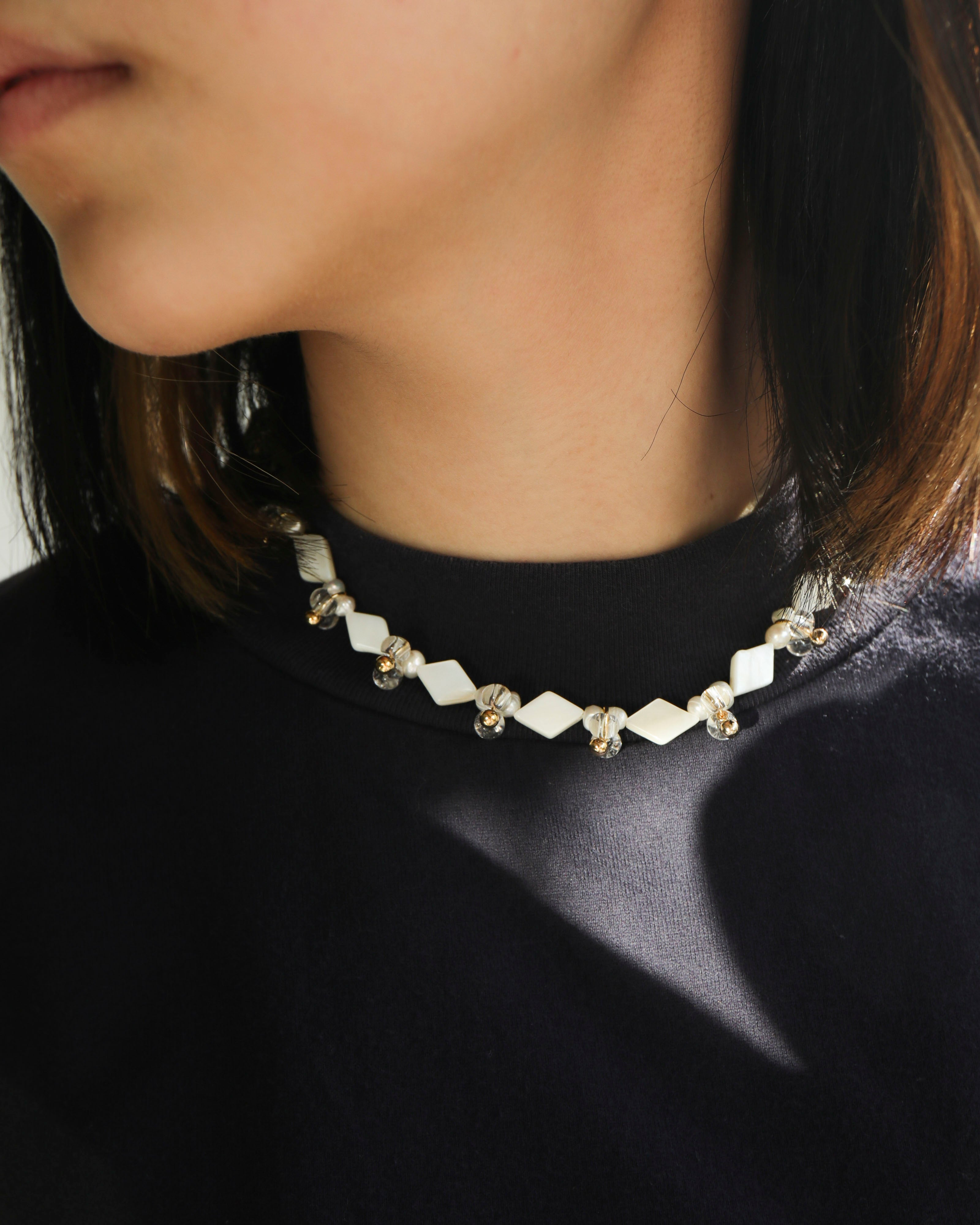 Droplets Necklace: Mother of Pearl