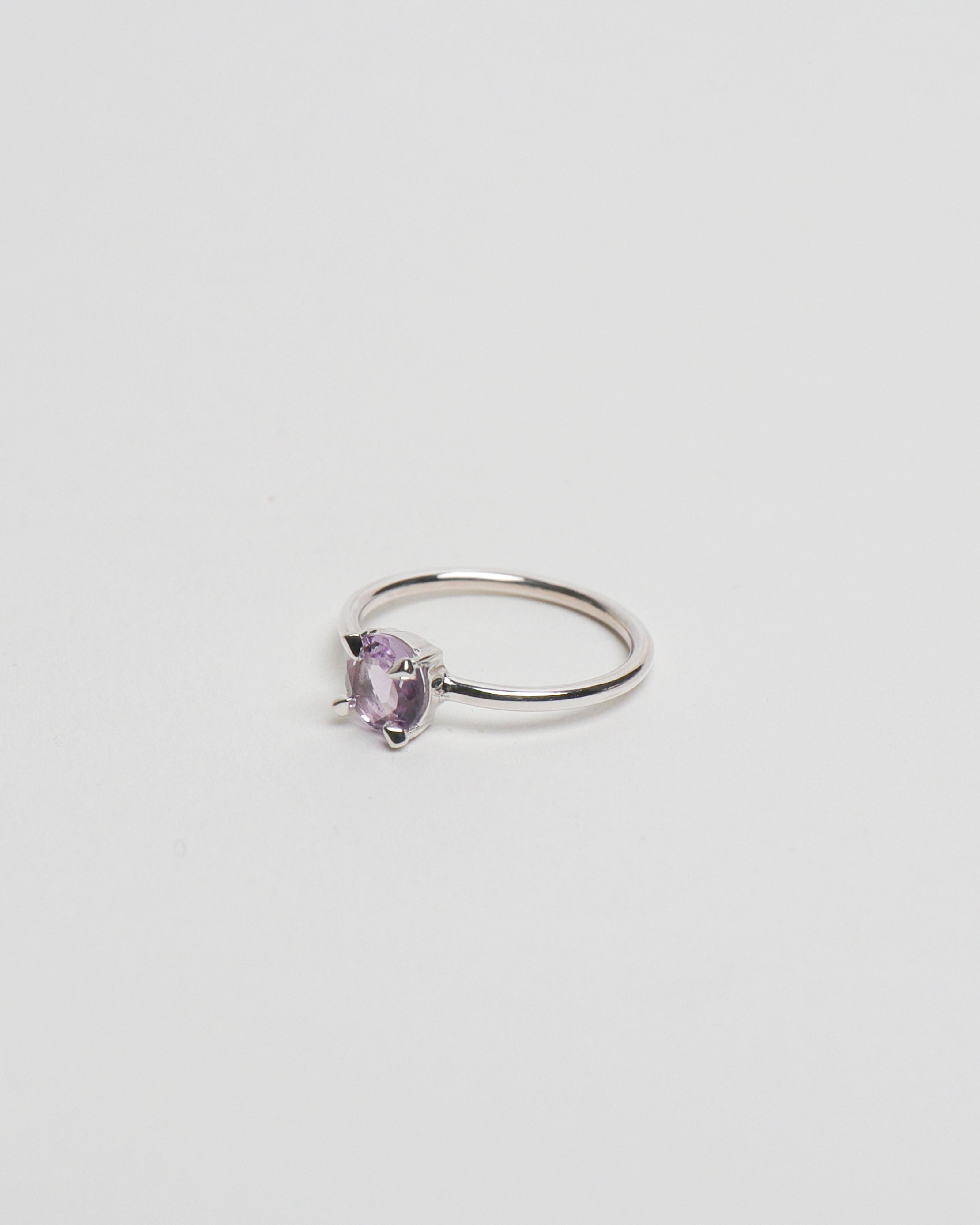 6mm Round Amethyst Ring