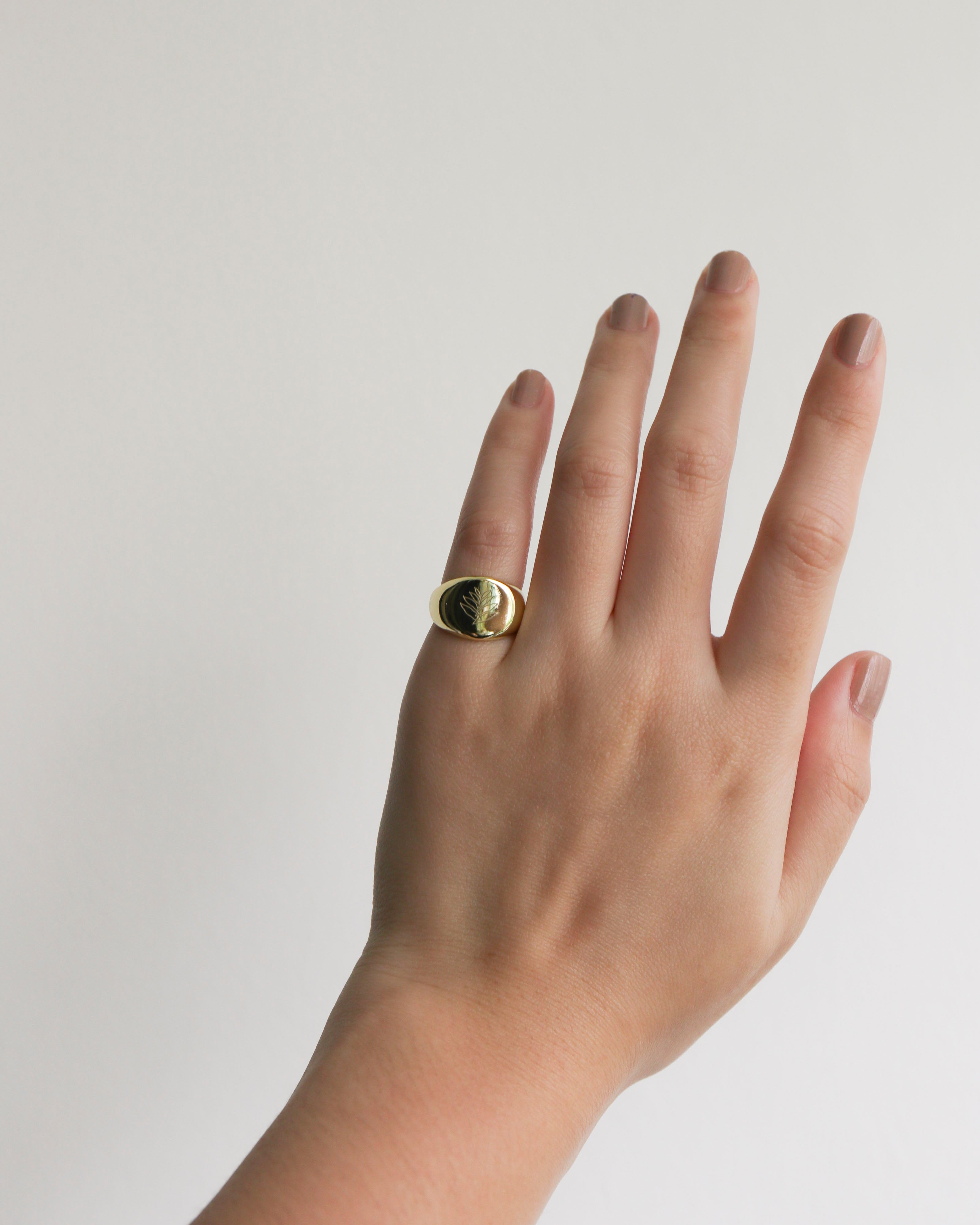 Gold RISING Signet Ring [Ready Stock]