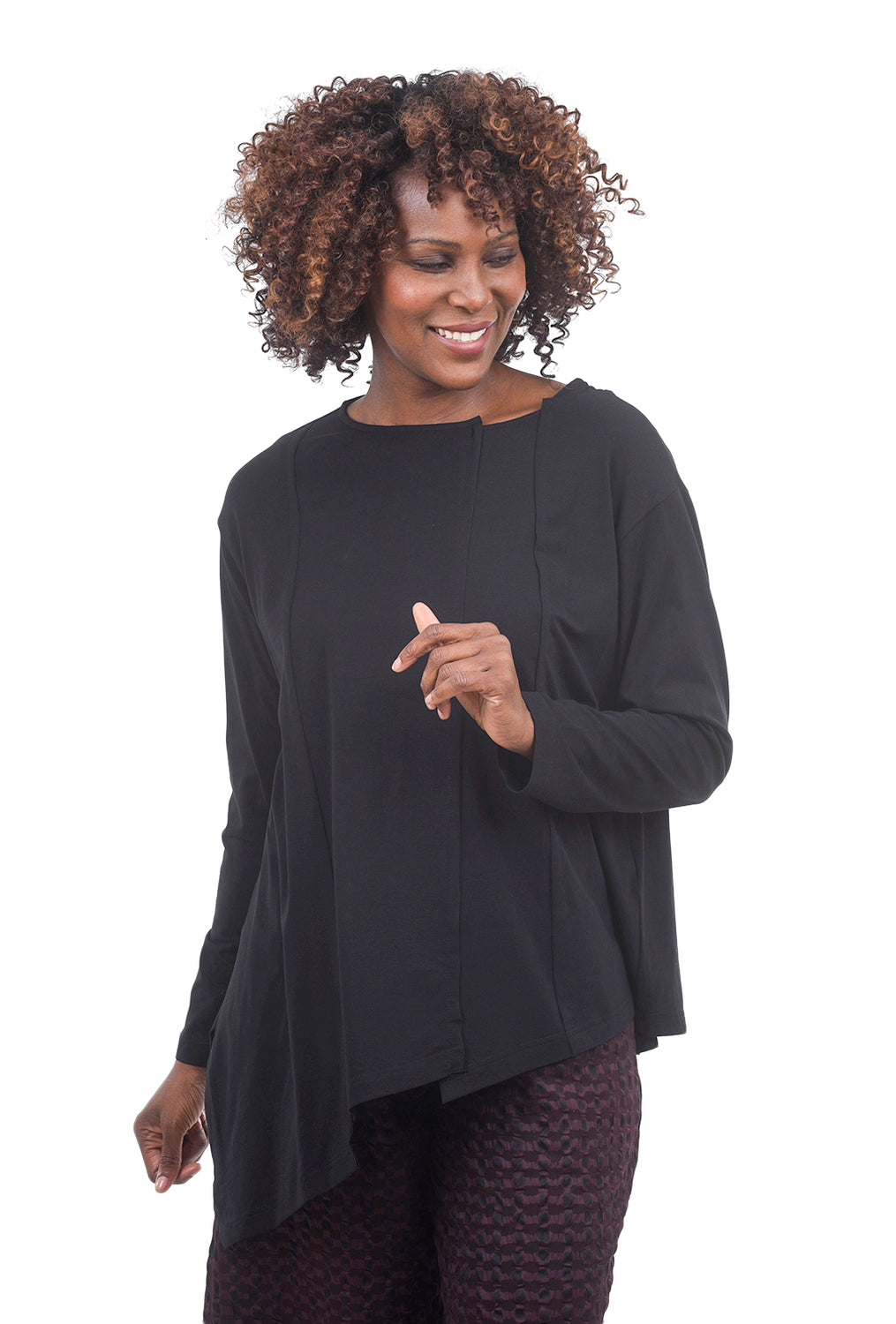 Moyuru Notch Neck Asym Tee, Black