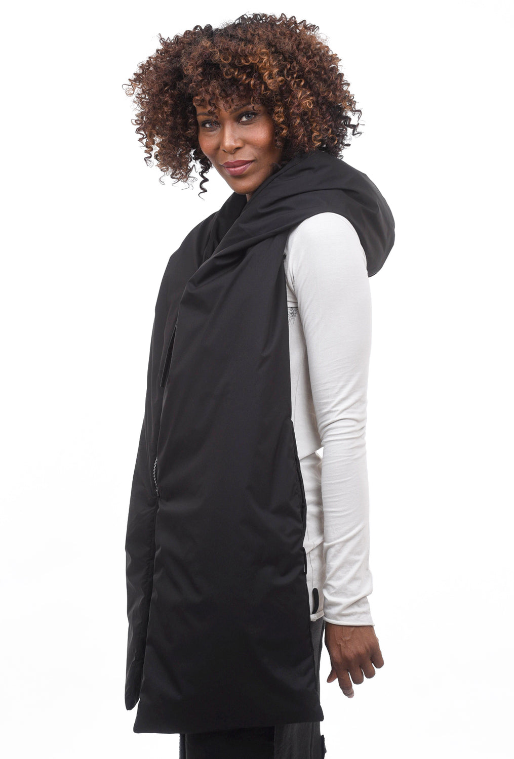 Studio B3 Noodie Panels Hood, Black One Size Black