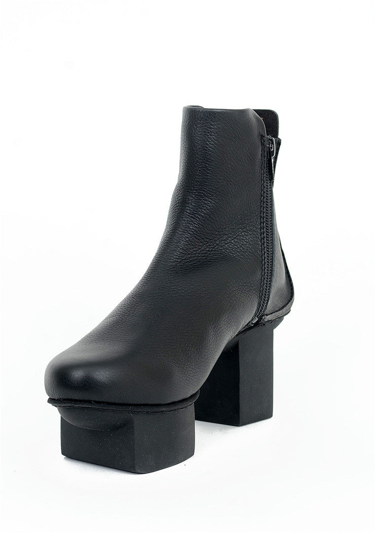 Trippen Shoes Essence Happy Boot, Black