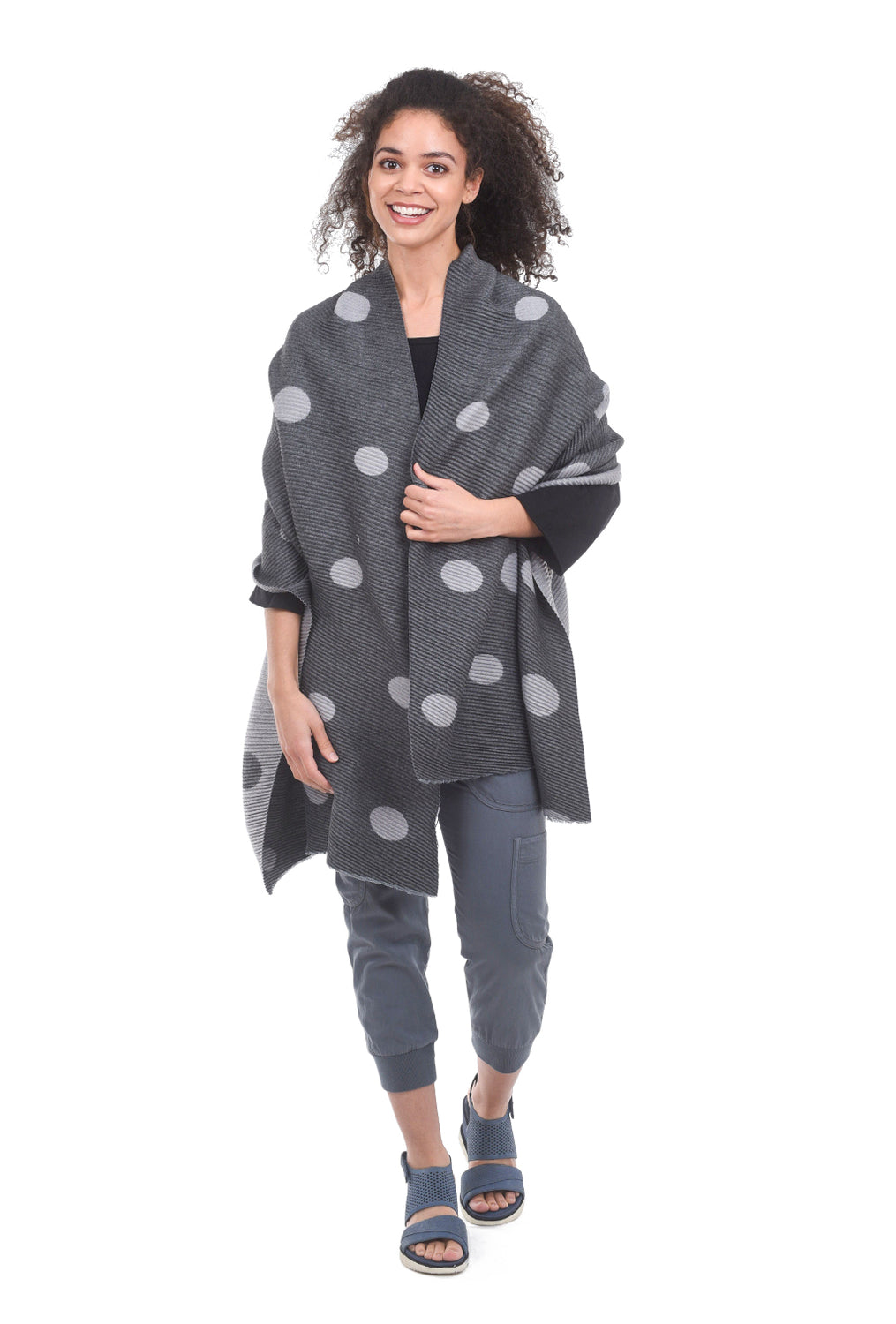 Pretty Persuasions Micro-Ruffle Picnic Wrap, Dark Gray/Gray One Size Gray