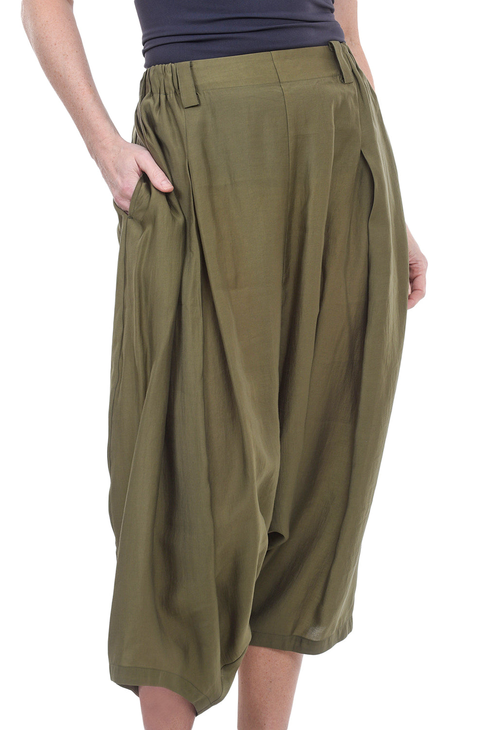 Moyuru Slight Sheen ER Pants, Leaf Green