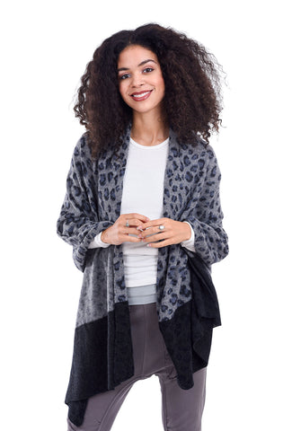 In Cashmere Animal Print Shawl, Gray Combo One Size Gray