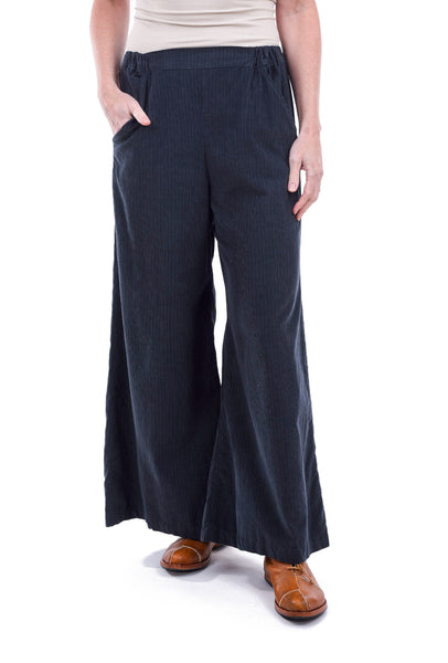 Sun Kim Two-Pocket Ankle Pants, Navy XSmall