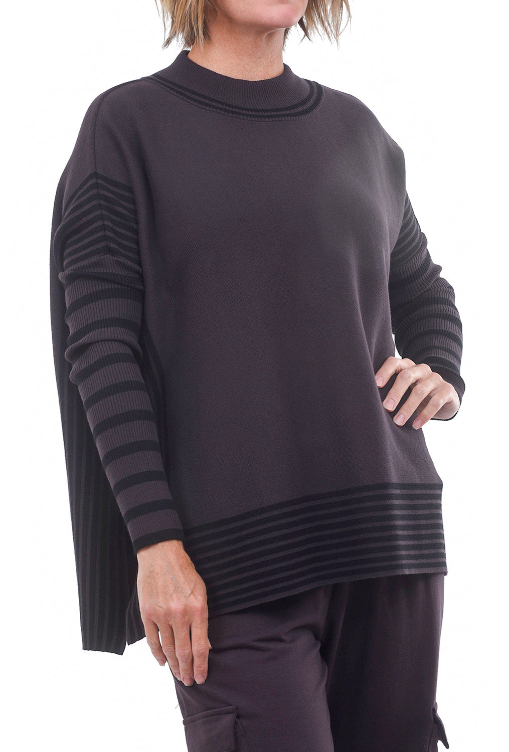 Planet Panel Block Sweater, Raisin/Black One Size Raisin/Black