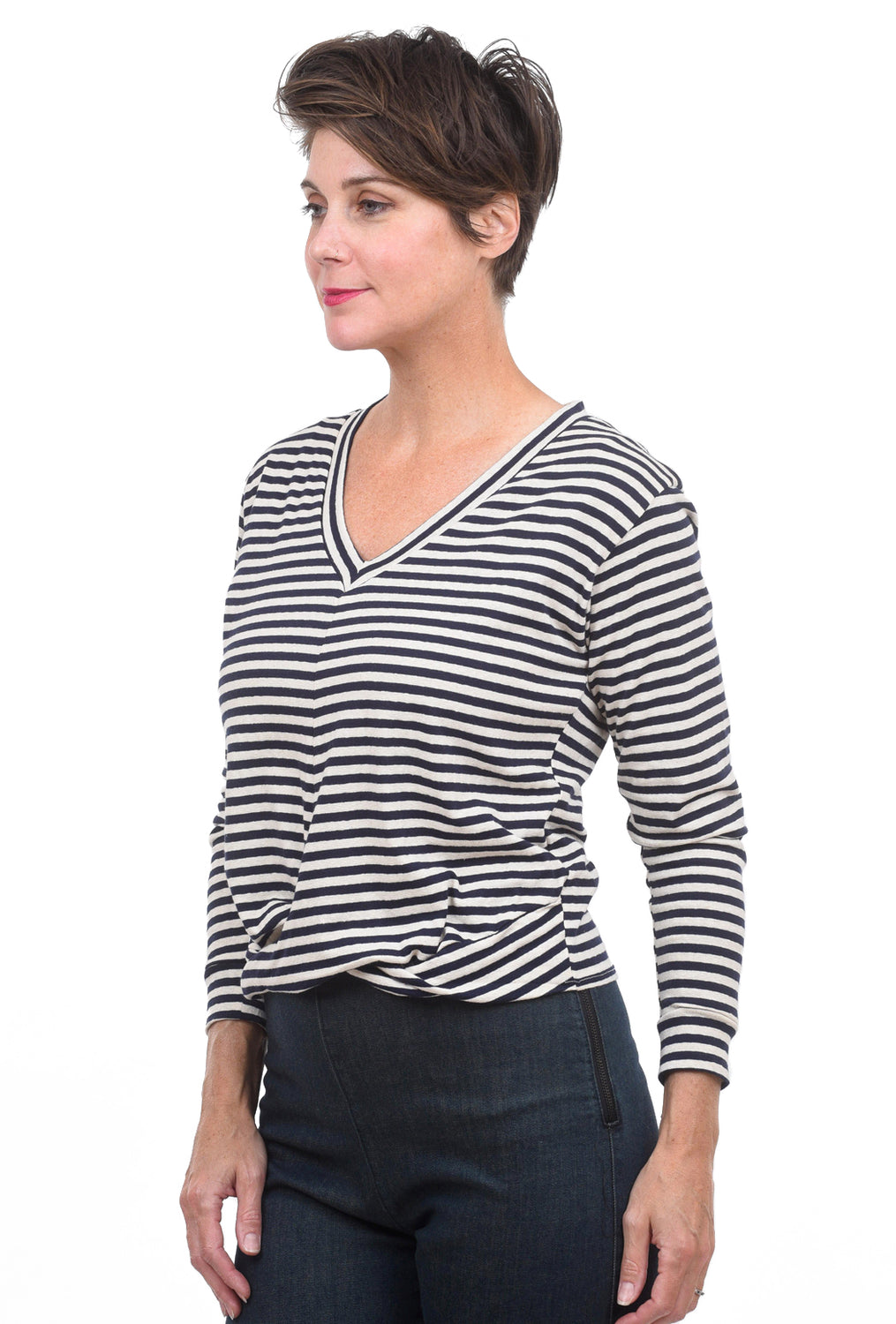 Stark x Twisted Front Top, Navy/Natural