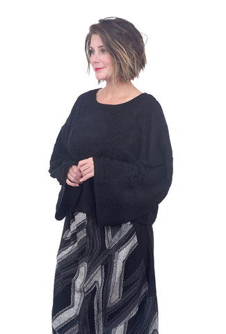Moyuru Lofted Wool Elsa Pullover, Black One Size Black