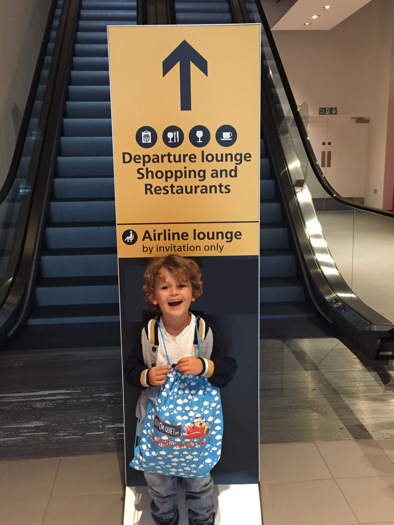 Heathrow airport entertainment ideas for kids keepemquiet
